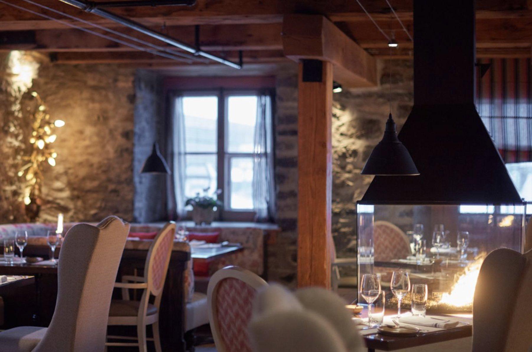 Chez Muffy restaurant interior